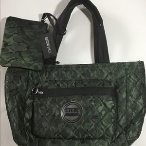 NWT Steve Madden Camo Travel Bag